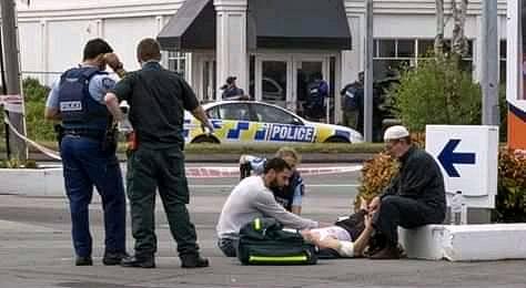 Shooting 'victim' treated on street
